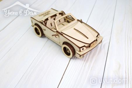 Деревянная машина...